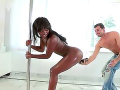 Black stripper dances and they fuck