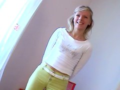 Cute European chick bends over all naked on the casting
