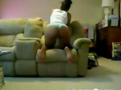 Sexy black babe shakes her hot booty