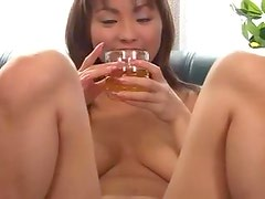 Asian gives a great titjob to lucky guy