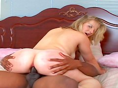 Gorgeous dude is fucking his blonde