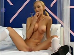 Hot slim and tall wanker Leah Wilde enjoys tickling fancy for orgasm