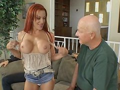 Delicious chick Shannon Kelly goes straight for his dick