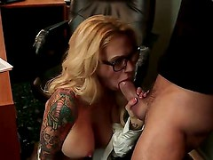 Breathtaking oral sex action with Alan Stafford and Sarah Jessie - it is what would make