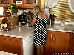 Mature lady invites him for a cup of coffee