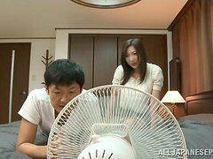 Amazing Japanese girl gets her pussy drilled and filled