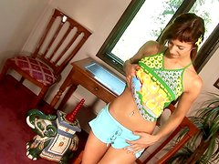 Lusty teen Sheridan wants to blow up your mind