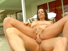Persia Monir bounces her pussy on this thick shaft