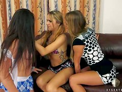 Tattooed blonde teen bitch Nikky Thorne and her brunette girlfriend