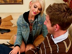 Tatted girl Kleio Valentien gives deepthroat blowjob