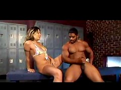 Muscular black guys likes squirting girls