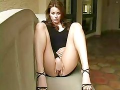 Maura-dildoing and squirts