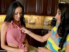 Ava Addams and Breanne Benson lick each other's vags in the kitchen