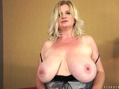 Filthy mature lady is getting nailed in her nasty vagina
