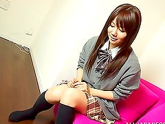 Gemidos - Japanese girl moan loudly while getting her hairy pussy hotly fucked