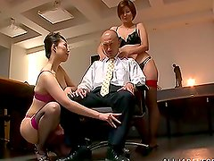 Schoolgirl Teens Line Up Outside To Be Creampied