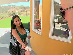 Outdoors Threesome with Horny MILFs Jessica Bangkok and Linda Lay