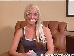 Crystal Farrar is giving a hot interview
