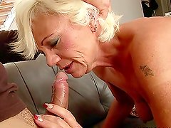 Drilling a Mature's Pussy and Asshole with Cocks and Many Fingers