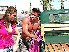 Jennifer Dark gets her asshole fucked in the truck