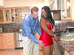 White and Black couples have an amazing swinger party