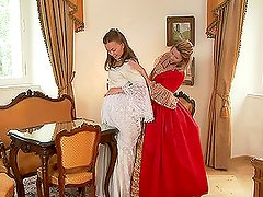 MILF and teen babes in XVIII century dresses fingering each other