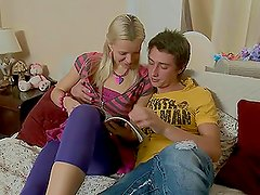 Slutty teen babe Shelley gives up her asshole