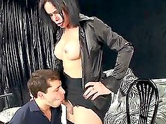 Lara Pavanelli the shemale brunette fucks a guy