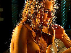 Watch this video to see Orlando Bloom banging with hot bosomy girl
