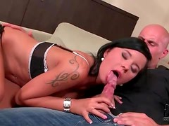 He kisses her sexy ass and she sucks cock