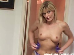 Fit sexy milf star puts on new lingerie