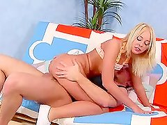 Sexy blonde babe gets a bick hard cock in her tight pussy