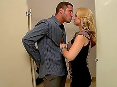 Awesome Blonde Gets Her Pussy Smashed In The Bathroom