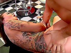 Kerian Lee Fucks His Tattooist While Getting A Tattoo