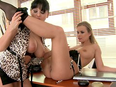 Pretty brunette Alison Star licks feet and pussy of blonde babe Colette W