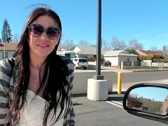 Chubby brunette hoochie Miliani Mor blows on POV video