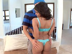 Saggy tittied ebony girl Lola Hardt likes doggy style