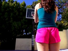Sporty chick Casey Calvert sucks a cock at the basketball ground
