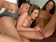 Two sweet blonde cuties get their quims drilled in threesome