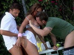 Latina milf slut Monique Fuentes fucks on a tennis loan in a threesome