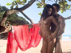 Exotic tropical beauty Fernanda Franklin gets her pussy licked and later gives a hot blowjob