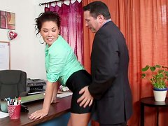 Kinky London Keyes sucks the cock of her boss