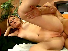 Anal - Mature blonde mom Isadora having her ass fucked hard