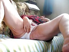 Granny - Caresses in Panties