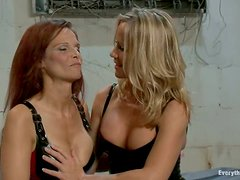 Two hot babe gets their asses stretched by the third girl