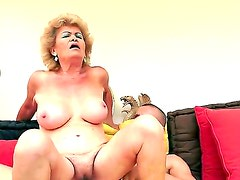 Amazing mature lady Effie is having her hairy vagina nicely licked out by the skillful