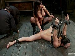 Isis Love and Wenona get their holes destroyed by a hot mistress