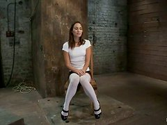 Amber Rayne gets tied up and tortured in hot BDSM clip