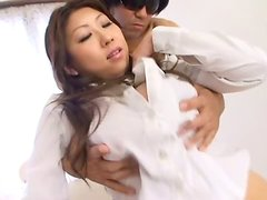 Big breasted Suzuka Arinaga gets her tits licked by two guys