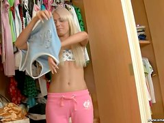 Russian teen gets laid by her man in her bedroom